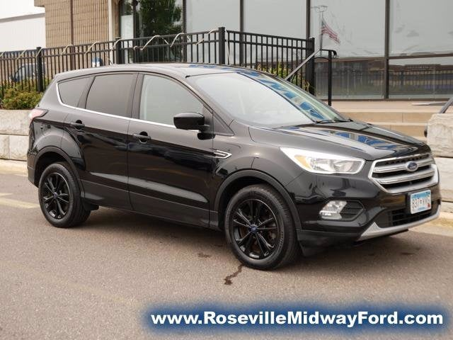 Used 2017 Ford Escape SE with VIN 1FMCU9GD4HUC39369 for sale in Roseville, Minnesota