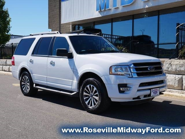 Used 2016 Ford Expedition XLT with VIN 1FMJU1JT4GEF55498 for sale in Roseville, Minnesota